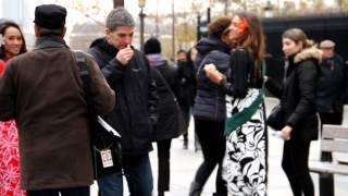 Opération « Les Vahine à Paris » - Episode 2 : Une Tiare sur les Champs Elysées !
