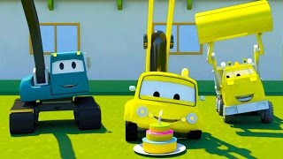 Construction Squad: the Dump Truck, the Crane and the Excavator build The Cake Machine in Car City