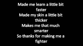 getlinkyoutube.com-Christina Aguilera - Fighter (Lyrics)