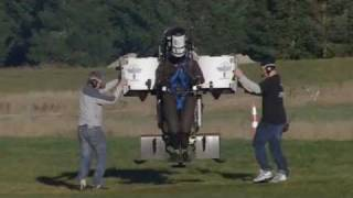 getlinkyoutube.com-Martin Jetpack Climbs 5000 Feet Above Sea Level