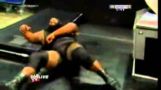 getlinkyoutube.com-WWE RAW Brock Lesnar vs Mark Henry