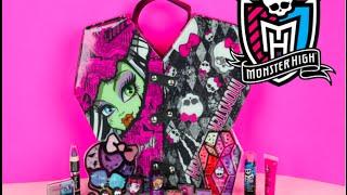 getlinkyoutube.com-Monster High Best Ghoul Friends Foldable Beauty Case