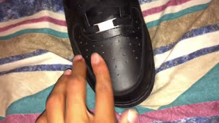 getlinkyoutube.com-How to get creases out of Air Force 1