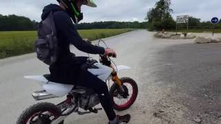 getlinkyoutube.com-Pit Bike / Dirt Bike 125cc exhaust sound