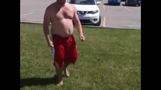 Fat Guy does Parkour WIN!!!