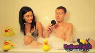 getlinkyoutube.com-Kelly (Les Marseillais à Rio) dans le bain de Jeremstar - INTERVIEW