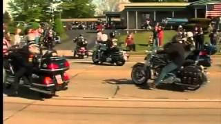getlinkyoutube.com-Honor procession for Pfc. Michael Metcalf