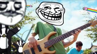 : Tous les memes Internet dans un clip musical