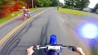 getlinkyoutube.com-12 Minutes of Police Chase Getaways | Cops Vs Dirtbikes 2016