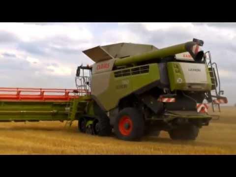 la moisson sur la plus grandes exploitation céréalière en Allemagne de l'est