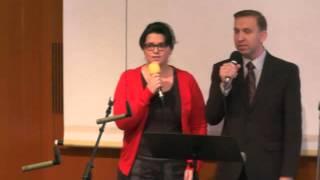 getlinkyoutube.com-Christliches Lied: Glückliche Familie, wenn die Liebe das Haus baut