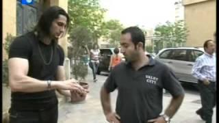 getlinkyoutube.com-Ahmed El Bayed Street Magic /  أحمد البايض في برنامج سيرة وانفتحت