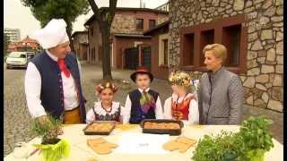 getlinkyoutube.com-Rączka gotuje -zupa z soczewicy, piersi kurczaka w marynacie z majonezu, kołoczki z serem