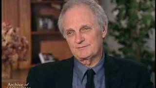 getlinkyoutube.com-Alan Alda on working out a scene with Wayne Rogers on M*A*S*H, after shooting for the satisfact...