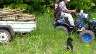getlinkyoutube.com-Минитрактор. Вывоз дров по бездорожью