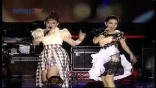 "getlinkyoutube.com-Ratna Antika feat Rena "" Jangan Ganggu Pacarku "" - MNCTV Roadshow Gresik (6/6)"