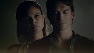 getlinkyoutube.com-The Vampire Diaries: 8x02 - Sybil erases Elena in Damon's memories, Sarah Salvatore dies [HD]