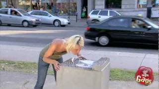 getlinkyoutube.com-Crazy Water Fountain Prank