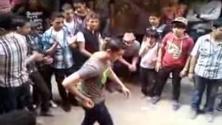 getlinkyoutube.com-أحلى رقص مهرجانات 2012 فى الشارع المصرى مع محمد حسين