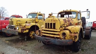getlinkyoutube.com-The Ultimate International Harvester Truck Collection
