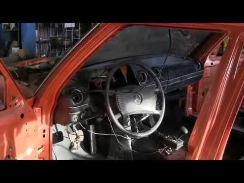 Mercedes restoration w123 видео 83 ставим торпеду