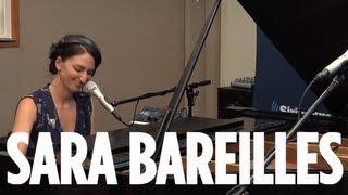 "getlinkyoutube.com-Sara Bareilles ""Brave"" // SiriusXM // The Blend"