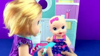 getlinkyoutube.com-BABY ALIVE Brushy BABY Baby Doll Bribes Little Sister Baby Doll with SHOPKINS  W/ Play Doh Girl