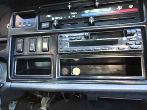 Toyota Hiace 2000 г.в. видео тест-драйв на bizovo.ru