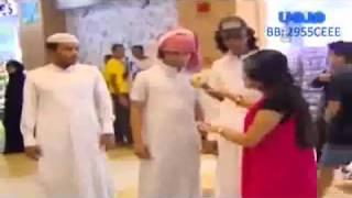 getlinkyoutube.com-الممثله شهد التقت مع درباويه سعوديين   YouTube