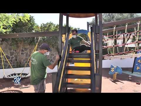 Mejoras en le parque infantil de la plaza de la Vendimia