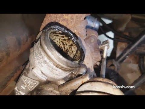 Где у Смарт Roadster щуп масла в двигателе