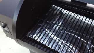 getlinkyoutube.com-Traeger Grill - Initial Firing and Chicken Challenge