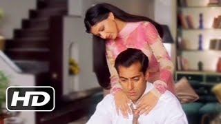 getlinkyoutube.com-Sonali Bendre Comforts Salman Khan - Best Romantic Scene - Hum Saath Saath Hain