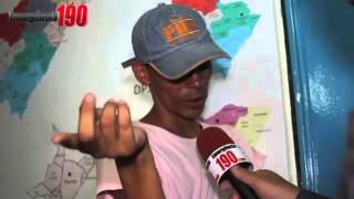getlinkyoutube.com-Viado rouba queijo do reino e diz que gosta do microfone do Reporter que pega KKKK