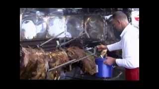 getlinkyoutube.com-متى تذوقت لحم الجمل المشوي بالعشاء آخر مرة؟ stoveman.nl Preparing a ox for the rotary grill