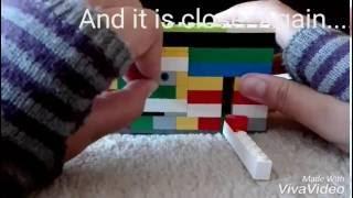 getlinkyoutube.com-Lego  Safe   Easy mechanism with key