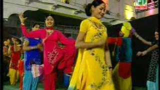 getlinkyoutube.com-hostel_great bhangra by girls