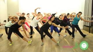 getlinkyoutube.com-Malang Dhoom 3 Workout Take Class To Learn Aamir Khan + Katrina Kaif's Moves