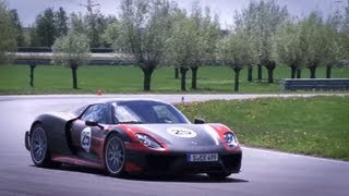 getlinkyoutube.com-Driving the 887hp Porsche 918 Spyder - /CHRIS HARRIS ON CARS