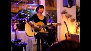 Love paradise - Hoàng Minh Trang