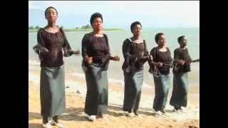 "getlinkyoutube.com-Ububi ●● Njiya Ya Wokovu Choir ""2014"""