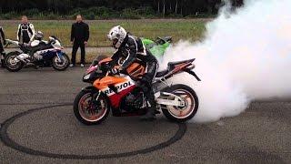 BIKERS Compilation 2016 -  Burnout, Acceleration, Beautiful Motorbike Sounds! Motorrad