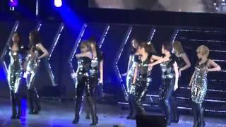 getlinkyoutube.com-SNSD (Girls' Generation) - The Boys