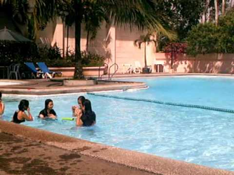 harutan by the pool... MAJA and CUTIES