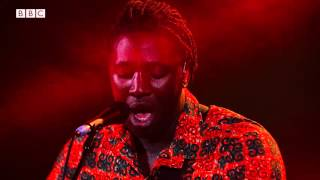 getlinkyoutube.com-Bloc Party - Exes (6 Music Live at Maida Vale October 2015)