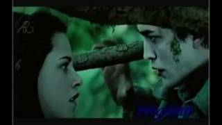 getlinkyoutube.com-Edward & Bella: Can't Fight The Moonlight