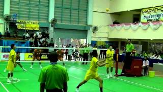 getlinkyoutube.com-Chonburigames 2010 Sepaktakraw semi-final 2
