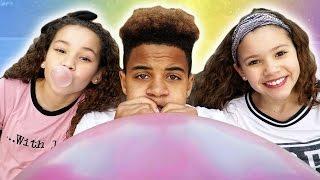 getlinkyoutube.com-Justin's Bubble Gum Trick! (ft Sierra & Olivia Haschak)
