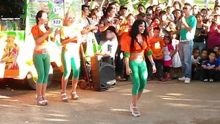 getlinkyoutube.com-Edecanes Tostitos Xmatkuil 2013 (1)