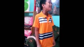 getlinkyoutube.com-Boy sings chandelier very well. Amazing!